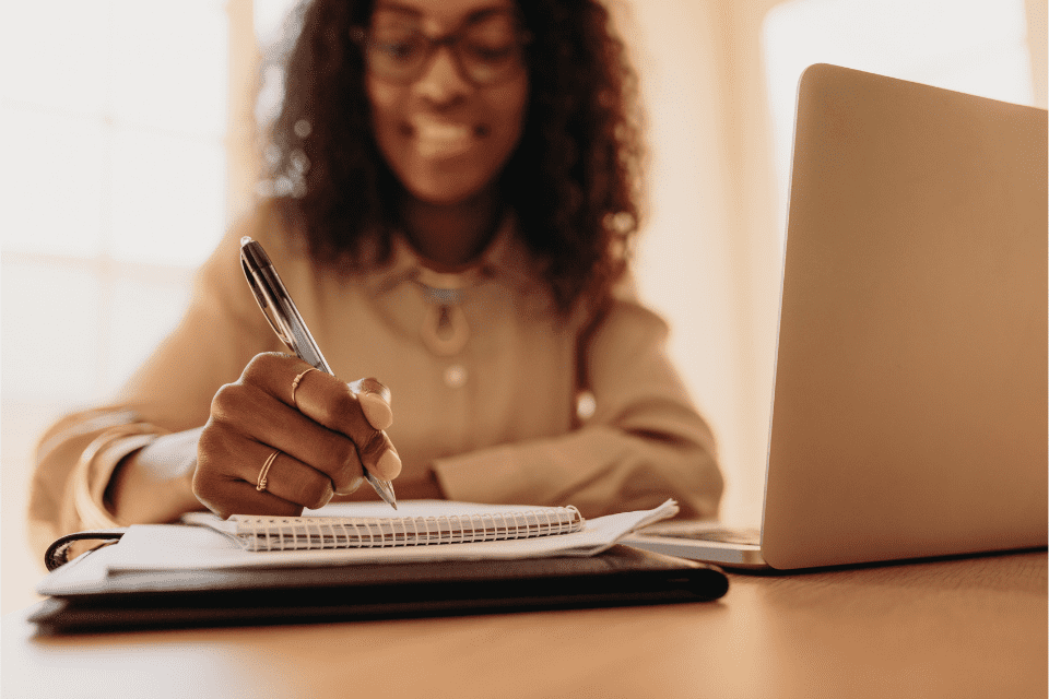 A woman goes through her SEO checklist before uploading her blog